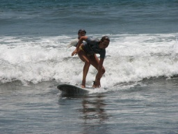 SURF LESSON - CLASE DE SURF PRIVADA(Hifg Tide Surf School Facebook)