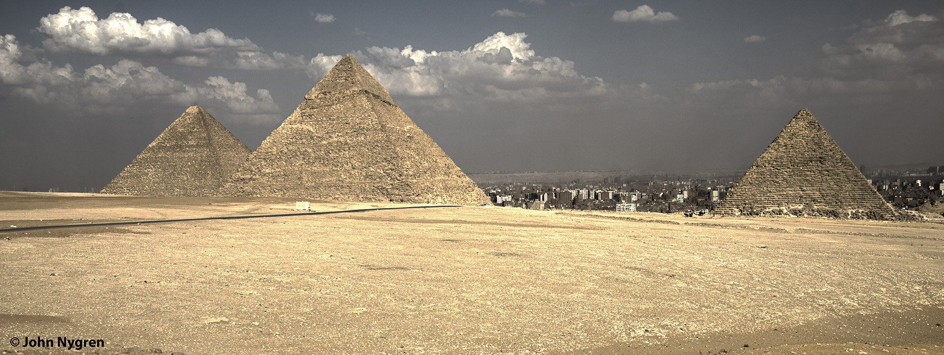 Pyramids and Cairo_HDR2.jpg